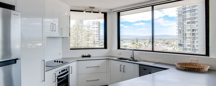 kitchen | The Regent Apartments - Gold Coast Holiday Accommodation Resort